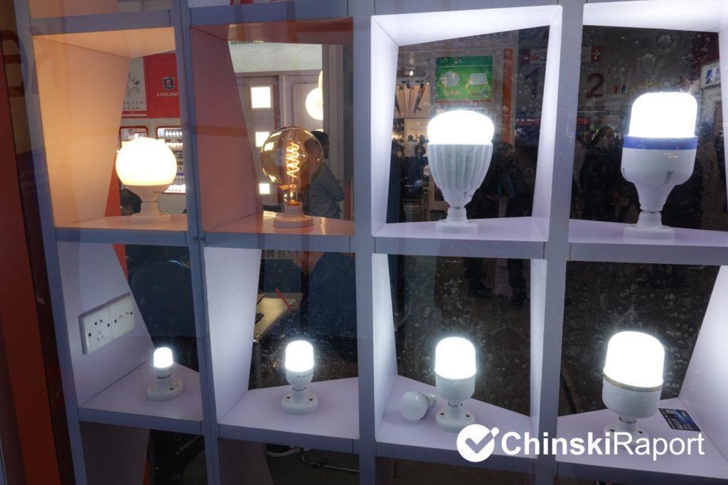 import oświetlenia z Chin