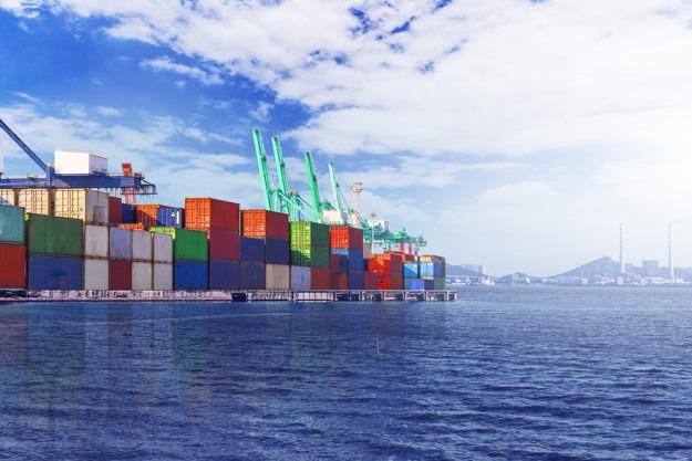 Lipcowy eksport z Chin do USA