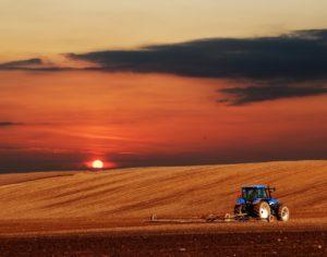 import sprzętu rolniczego z Chin